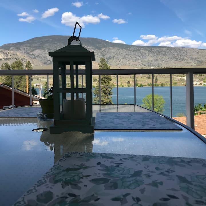 Lake View Luxury