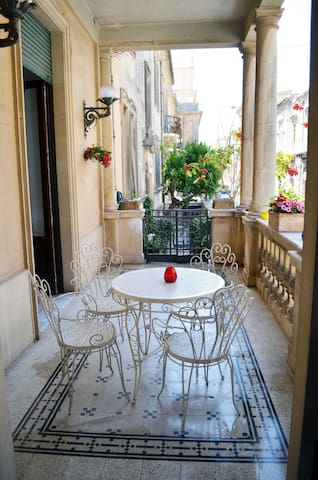 A beautiful apartment Noto center - Noto - Leilighet