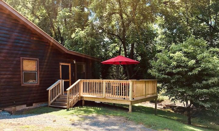 "Percy's Paradise Cabins-""Starry Night"" Cherokee"