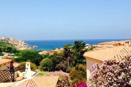 Bilocale 5 posti letto in Costa Rossa - Province of Olbia-Tempio - Casa