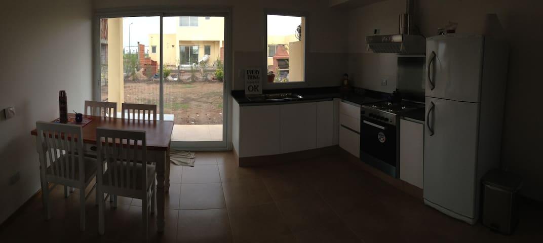 Duplex nuevo Completo