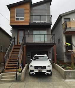 Modern recently built apartment. - Portland - Wohnung