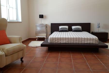 Suite Norte em Vivenda Algarve - Vila Nova de Cacela