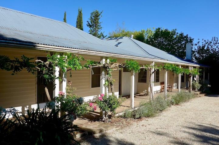 RANNOCH FARM - Farmhouse with Pool & Tennis Court1