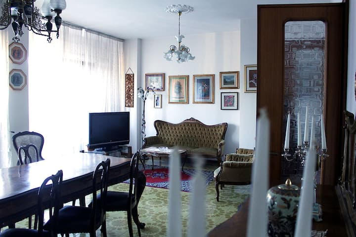 Lecce-Salento confortevole appartamento in città
