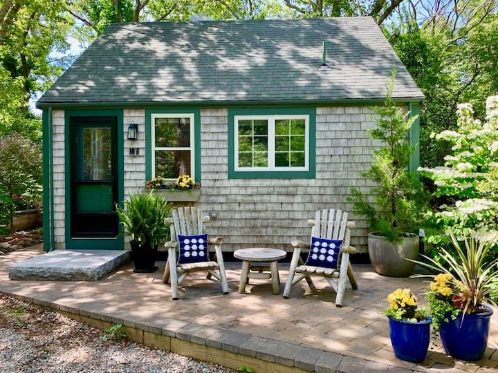 Quintessential P'town Cottage