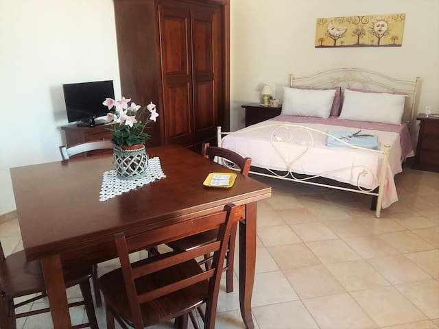 Le Scerze Agriturismo- Appartamento Menta - Borgagne - Lägenhet