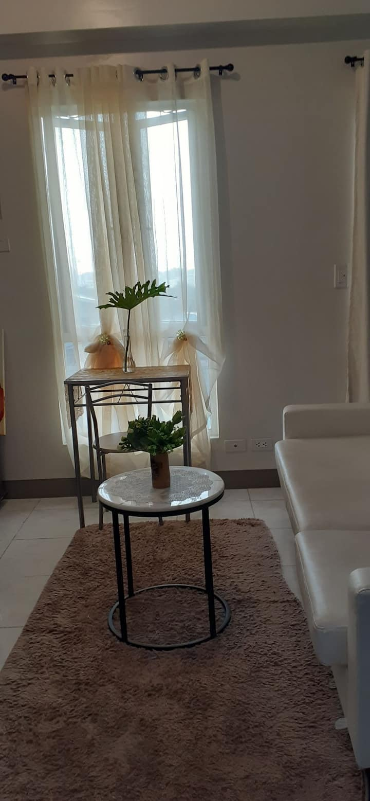 CONDO for RENT N QUEZON CITY