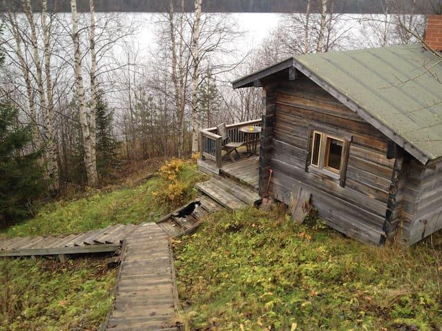 True Lappish home in countryside next to the river - Rovaniemi - Leilighet