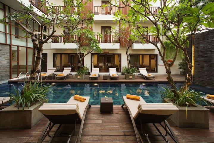 Enjoy Deluxe room next to the beach at Seminyak
