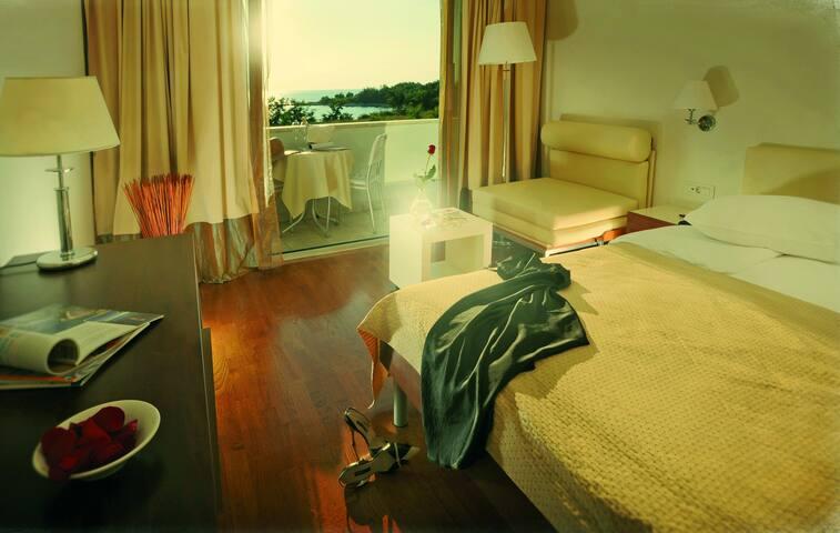 Villa Rosetta il mare in una stanza - Zambratija - Bed & Breakfast
