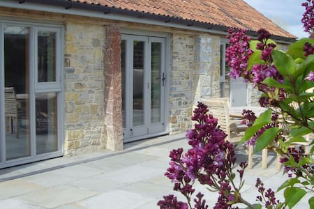Cherry Plum Cottage, Stoughton Cross, Wedmore - Stoughton Cross