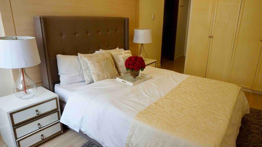 Entire Apt 65sqm 3 bedroom near Mckinley & BGC