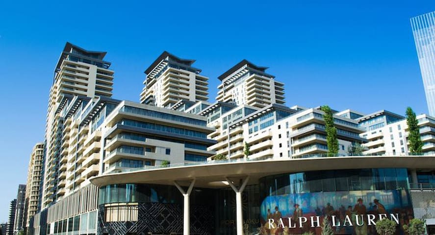 2 bedroom flat for rent - Port Baku Residence