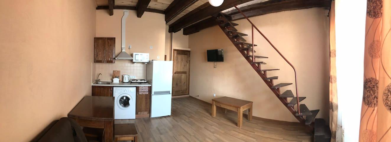 2х этажная квартира на Рымарской