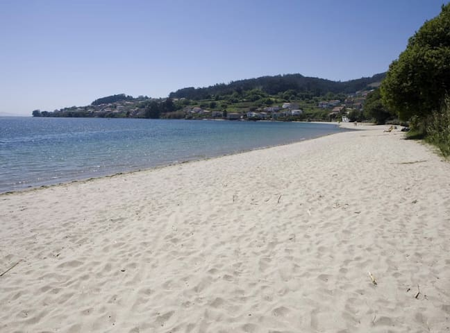 Apartamento con piscina en playa de Covelo - Pontevedra - Appartement