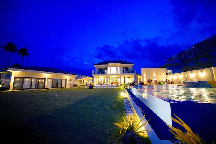 Surfers Hub Private Exclusive House Baler Aurora