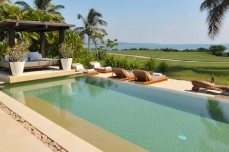 Top 20 punta de mita villa and bungalow rentals airbnb for Jardin villa austral punta arenas