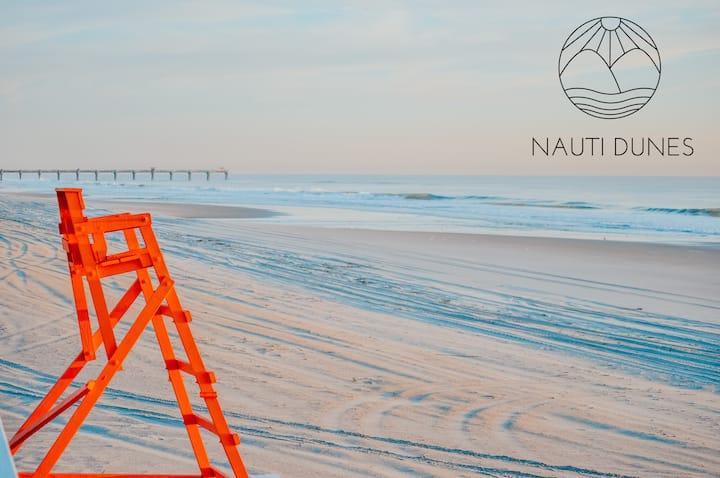 NautiDunes, on the beach @ the center of Jax Beach