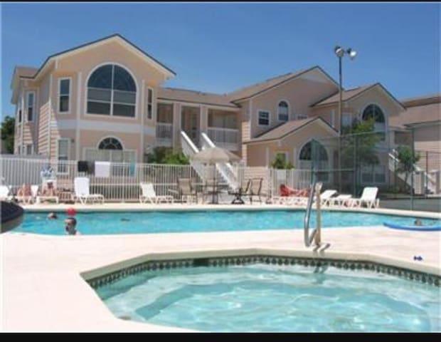 Villas at Island Resort - Kissimmee