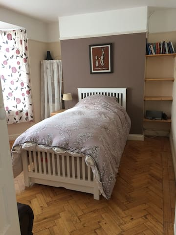 East Oxford large ground floor room - Oksford