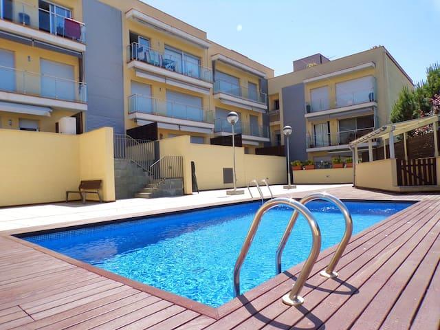 Apartamento muy acogedor con zona comunitaria y cerca de la playa y centro