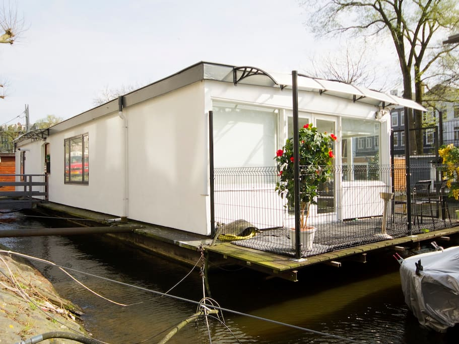 Houseboat On The Water Canals P Niches Louer