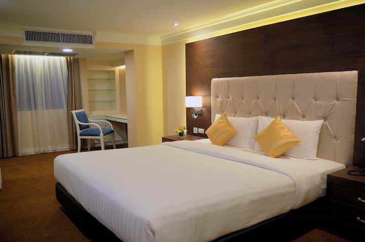 60 SQM Private 1 Bed suite fully equipped
