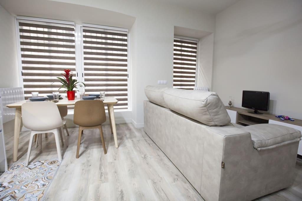Salón-Cocina/Kitchen-Livingroom