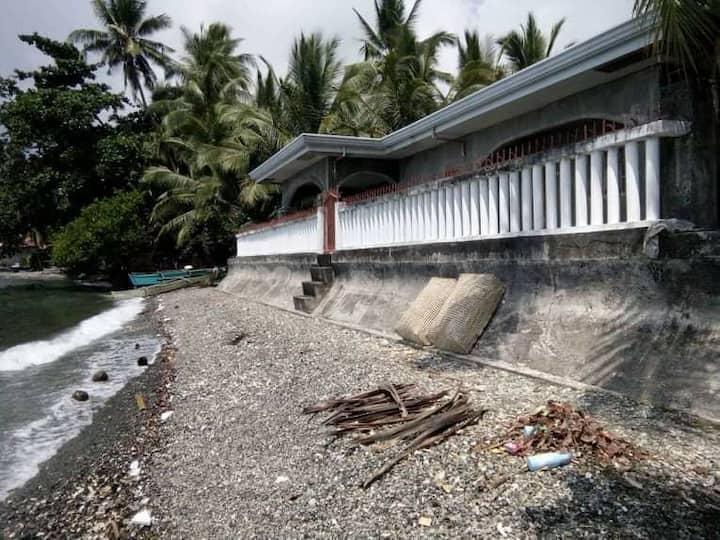 Cena Beachfront