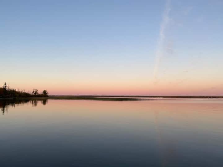 Turtle Lake Saskatchewan getaway Cabin suite