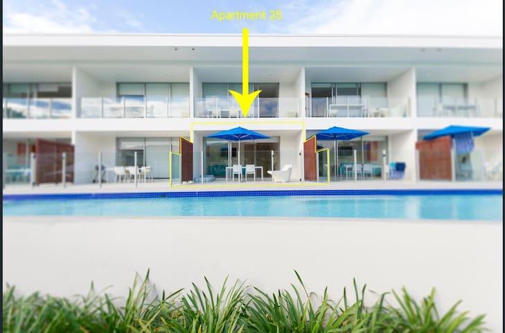 Port Douglas - Pool Resort-Swim out POOL Apartment