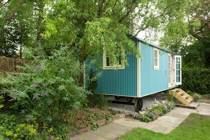 The Bailey Shepherd's Hut