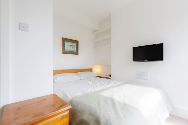 Bright & airy central Clapham flat - Lontoo - Huoneisto