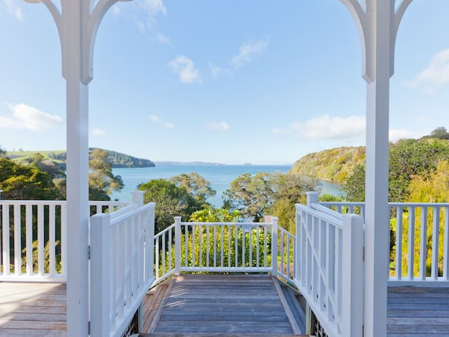 Stunning Beach House in the Heart of Wine Country - Tawharanui Peninsula - Dom