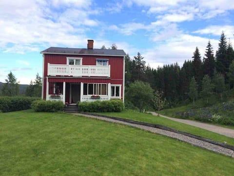 Kulltäppa - Mysigt hus nära Branäs för 6 personer