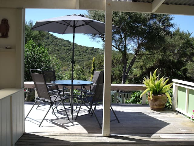 Private and Peaceful Tangaroa Lodge - Russell - Byt