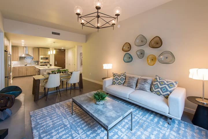 Homey place just for you | 2BR in Houston