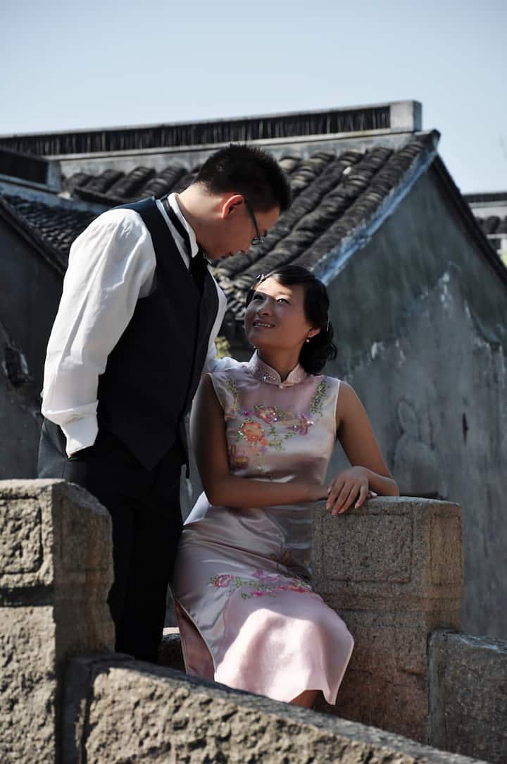 Taking wedding photo at historic block
