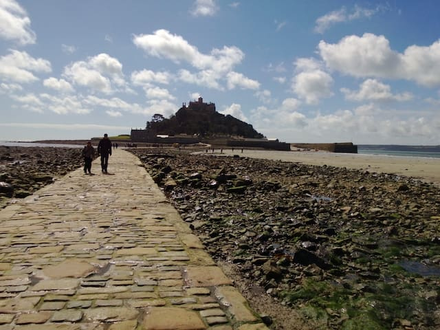 Apartment close to St.Michaels Mount - Longrock - Apartamento