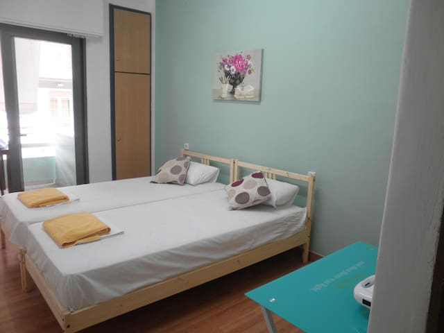 central studio - street view - Chania - Apartment