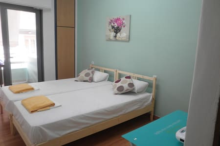 central studio - street view - Chania - Apartamento