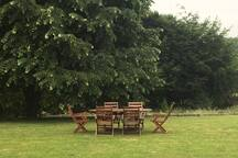 Guest garden dining space