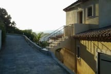 Studio 38m2 vue collines nicoises