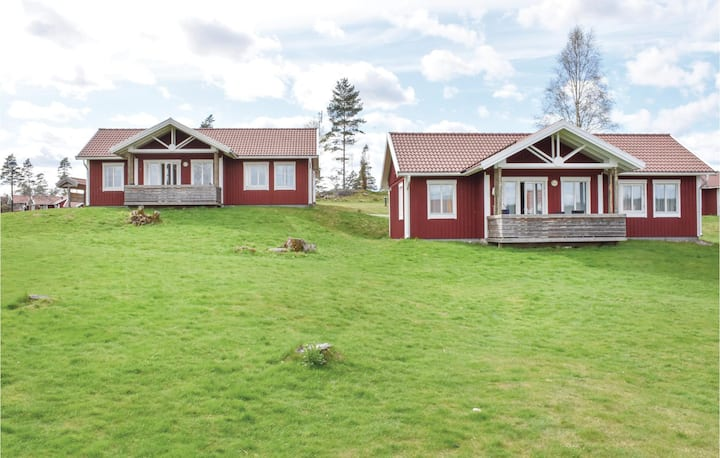 Beautiful home in Hok with WiFi, 2 Bedrooms and Sauna