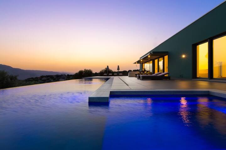 Villa Oikia, Endless Stunning View! - Marathi - Villa