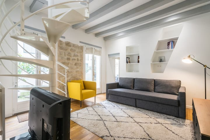 Trendy & Fashion Duplex in Le Marais !!!