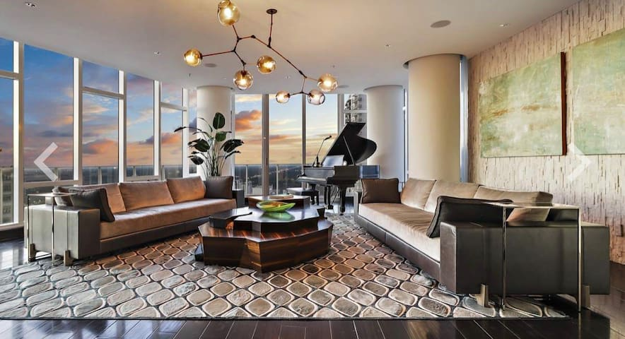Glass 3 Story Penthouse