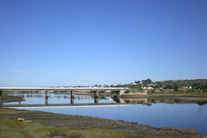 SPEELTYD - Still Bay - Hus