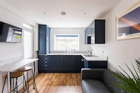 ★FREE PARKING★ New 2Bed Flat, 7mins to City Centre